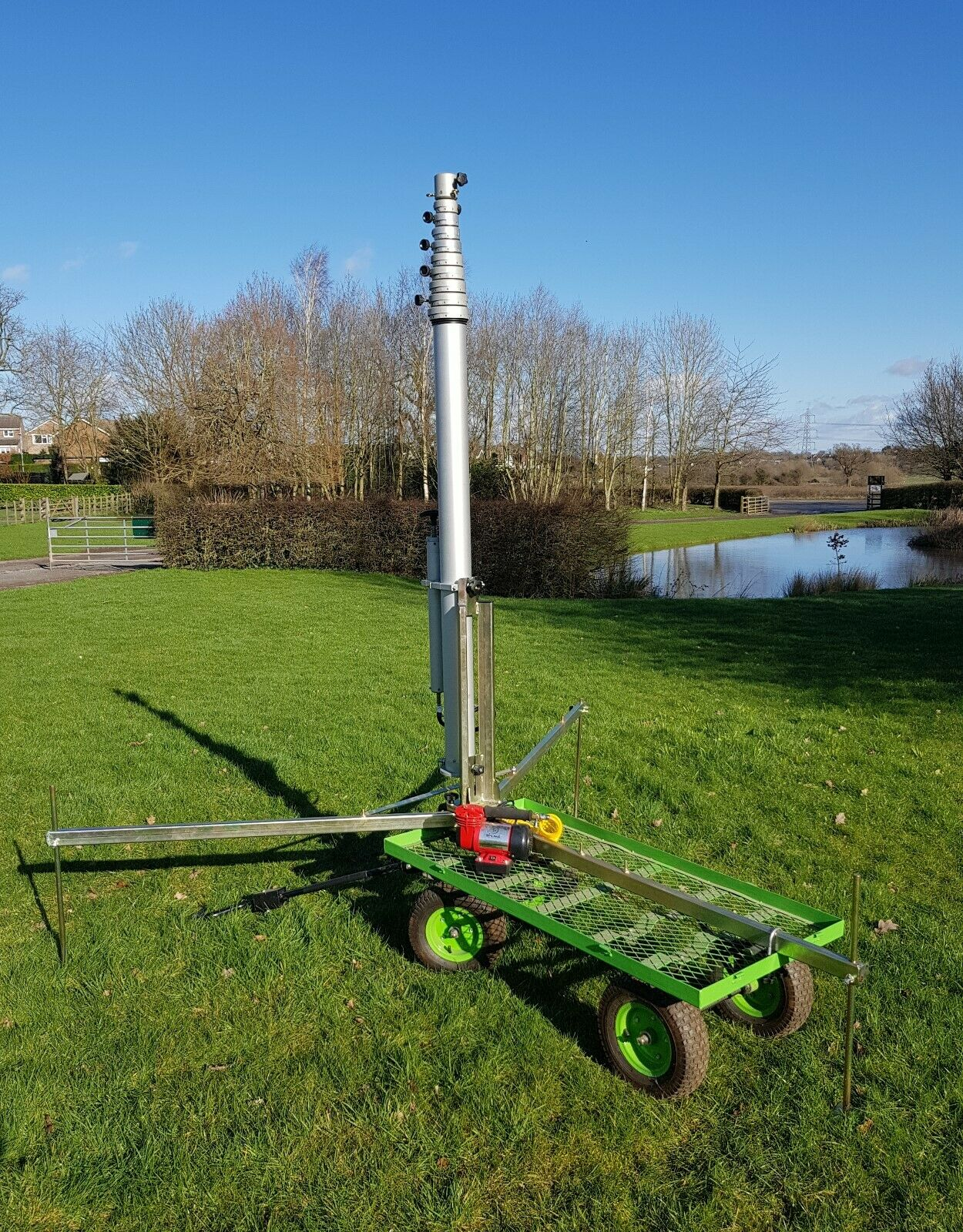 10.5 metre Portable Telescopic Mast Buggy System